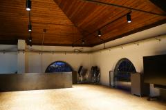 Galerie mit Bestuhlungs- und Technik-Möglichkeit